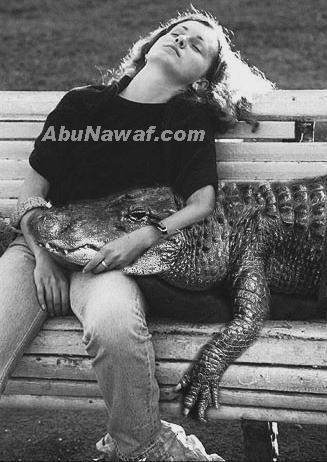 انام مع تمساح احسن من انام مع زوجى    (صورة كتيرة روعة)